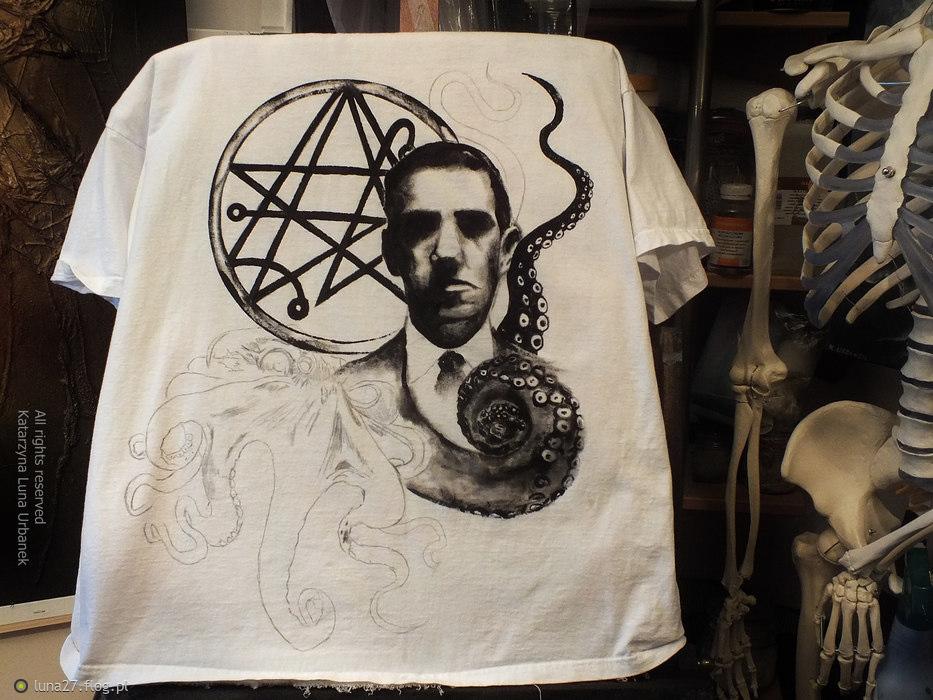 "Work in progress... Projekt koszulki specjalnej ""H.P.Lovecraft"". Katarzyna Luna Urbanek, All rights reserved"
