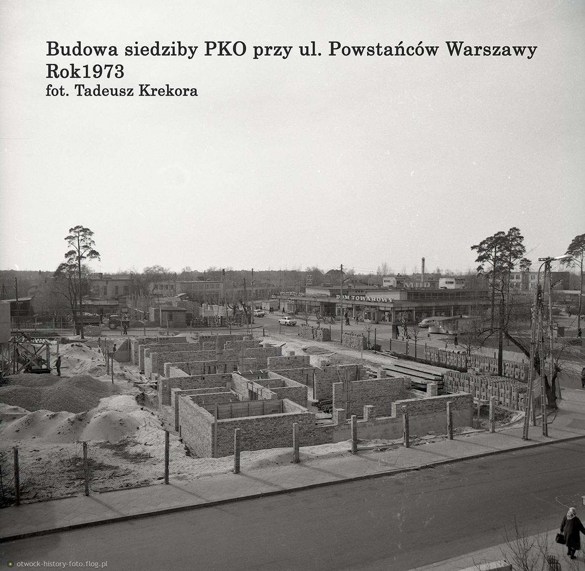 Budowa gmachu Banku Polskiego przy ulicy Powstańców Warszawy